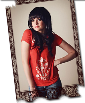 Holly Aprecio as Linda Ronstadt